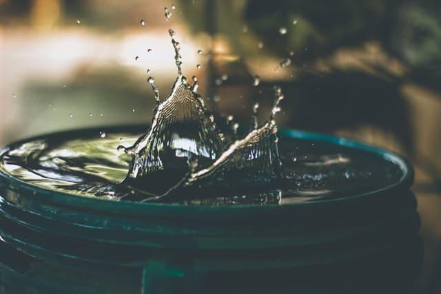 Comment choisir la bonne taille de pompe à eau pour bassin ?